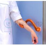 Локтевая дверная ручка Ulna Sensial в медицинском учреждении