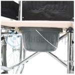 Кресло-коляска с санитарной емкостью