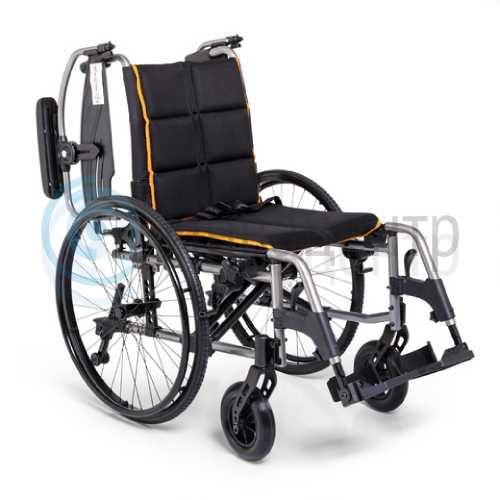 Кресло-коляска для инвалидов 4000 (18, 19 дюймов)